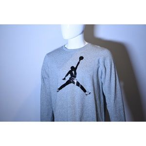 Jordon gray crewneck Butler Jumpman